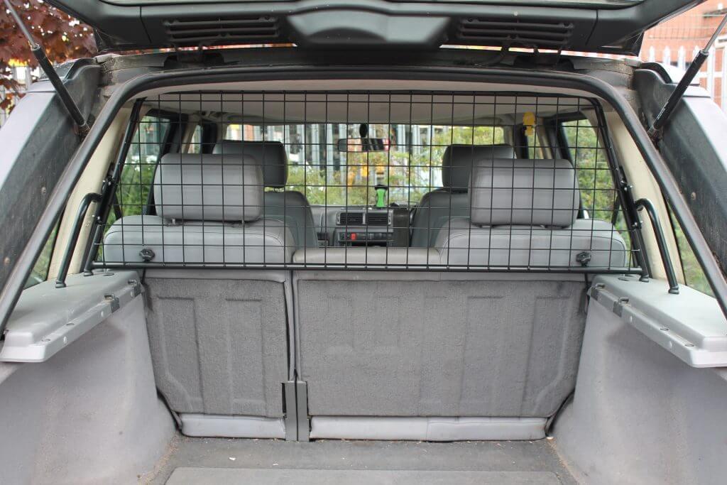 Dog Car Barrier >> Guardsman - RANGE ROVER P38 (1994-2001) DOG GUARD (part no.G1463)